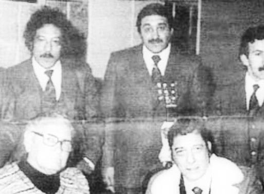 Toto Méndez, Solo con sus compadres